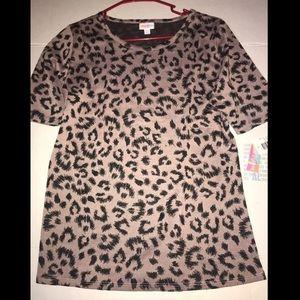 NEW! Lularoe GIgi Cheetah Leopard blouse